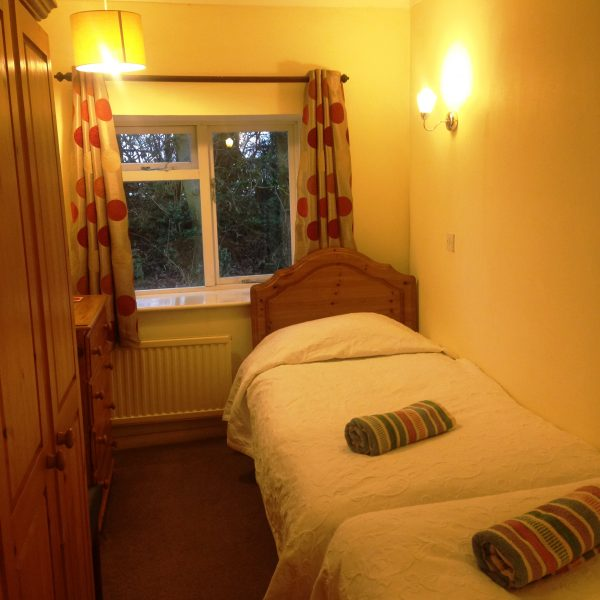 twin room cottage 3